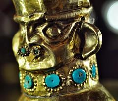 Double jar (The Adventurous Eye) Tags: inca gold golden culture double jar incan lambayeque