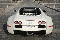Bugatti Veyron Grand Sport white - Sang Noir rims (4) (Bugattipassion.fr) Tags: show blue white sport noir grand super bleu motor bugatti sang herms centenaire veyron qatard spuersport