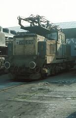V42 512  Györ  01.06.80* (w. + h. brutzer) Tags: analog train nikon eisenbahn railway zug trains locomotive ungarn mav hungaria lokomotive györ elok v42 eisenbahnen eloks webru