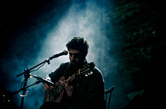 Jose Gonzales (pat_makhoul) Tags: show music colors concert nikon shadows gonzales smoke jose gig vivid kuwait reuse d90 josegonzales liights nikond90
