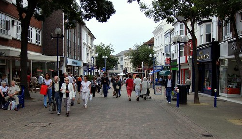 Eastbourne (UK) town center (by: Kevin Smith, creative commons license)