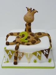 Kindergeburtstagstorte Giraffe s (suess-und-salzig) Tags: party animal children zoo cupcakes stuttgart zebra giraffe dots muffin elefant ulm esslingen konditorei affe kindergeburtstag gppingen plochingen waiblingen ssen salach donzdorf wwwsuessundsalzigde