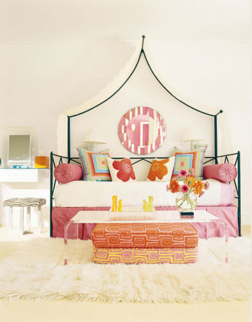 House-Beautiful-March-2011-Issue-Pink-Room