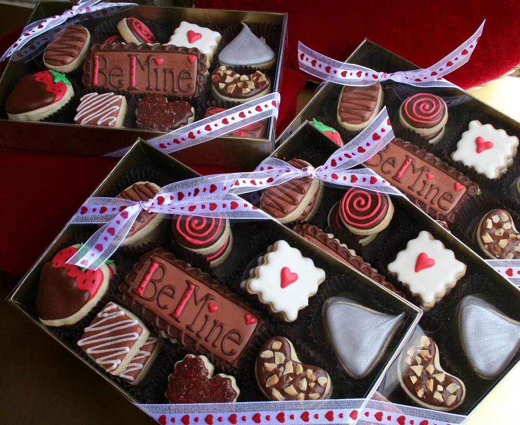 "Valentine Cookie ""Chocolates"""
