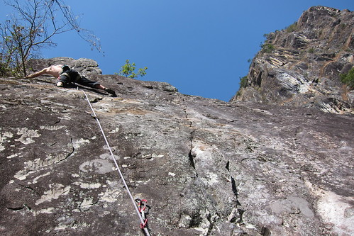 Slab climbing at ShiMenGuan Canyon