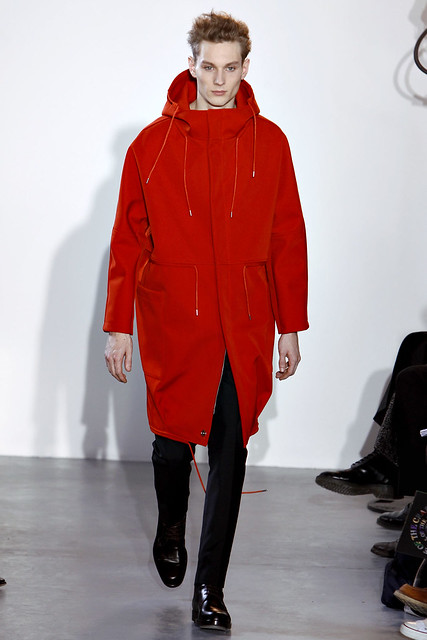 Aiden Andrews3114_FW11_Paris_Raf Simons(VOGUEcom)