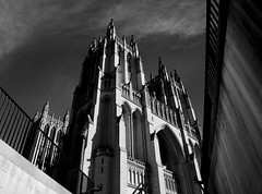 National Cathedral (egbphoto) Tags: light washingtondc cathedral pentax religion national dcist k20d justpentax pentaxart
