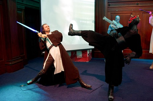 Obi Wan fighting the Sith