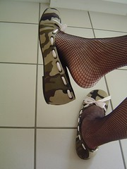 DSC07521hb (rina_cd) Tags: ballerina shoes cd fishnet flats
