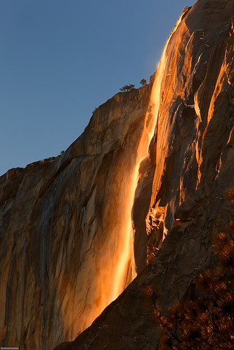 Horsetail Falls - Yosemite Park