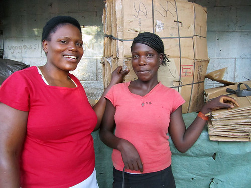Women selling boxes in Victoria Falls