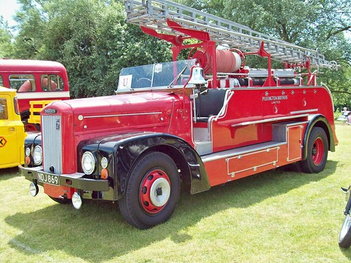236 Dennis Fire Engine (1961)