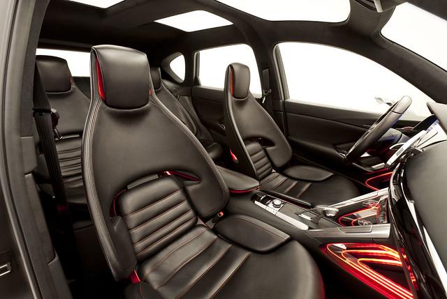 Mazda_Minagi_interior_overview__jpg72