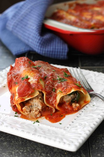 Turkey Cannelloni with Roasted Peppers and Spinach Recipe