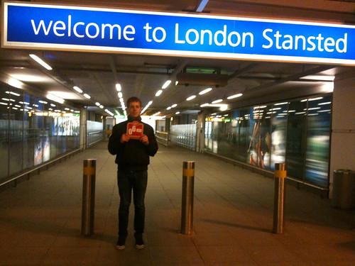<span>londra</span>Welcome to london!<br><br>E inizia l'avventura!<p class='tag'>tag:<br/>persone | londra | cibo | design | luoghi | cultura | hot | </p>