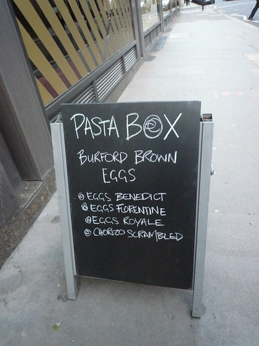 Pasta Box Burford Brown eggs