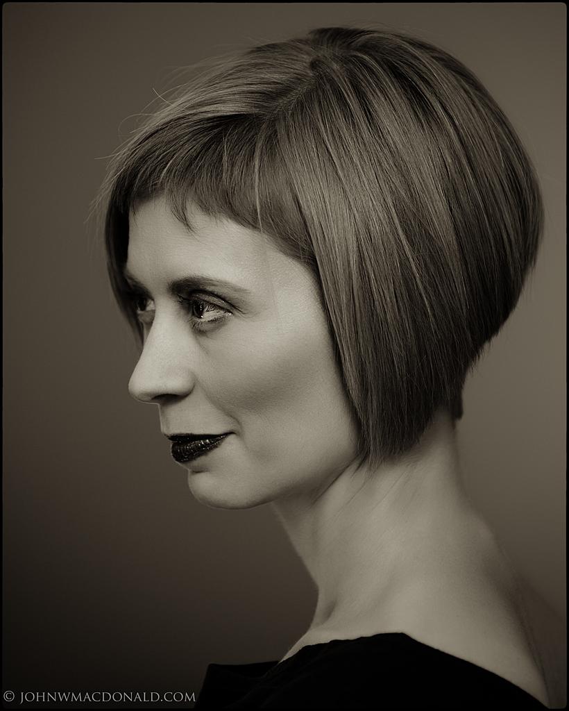 Alison Gresik - portrait