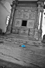 petala azul (tintas) Tags: blue flores azul out veneza nikon san italia cut igreja venecia tintas clemente petala 2011 d90 selectivo dessaturado