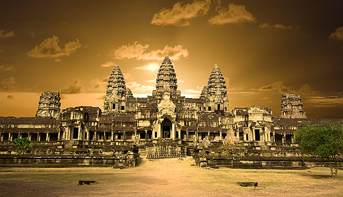 Angkor-Wat-Eastern-View