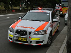 Ambulance Service NSW Operations Commander Commodore Sportswagon (Highway Patrol Images) Tags: rescue highway omega ambulance falcon toyota commodore emergency incident patrol camry afp response yamaha1300 nswfirebrigades nswpoliceforce ambulanceservicensw nswpolicefireambulance australianfederal xr6tssholdenfordscaniavarley