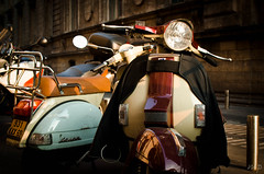 Viva la Vespa (peekm) Tags: france frankreich vespa lyon scooter roller mrz frhling 2011 peekm