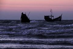 (imjuthy) Tags: sea sun beach st set island boat nikon martin wave bangladesh bazar coxs nikond90club