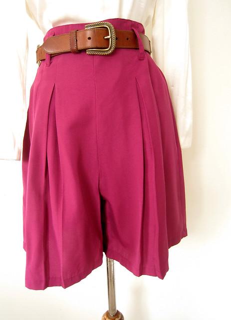 Magenta High Waist Flounce Shorts, Vintage 80's