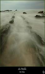 La Niebla (kgorka) Tags: canon atardecer mar sigma paisaje kata 1020 bizkaia euskadi rocas manfrotto fader barrika flysch eos7d gorkabarreras fadernd