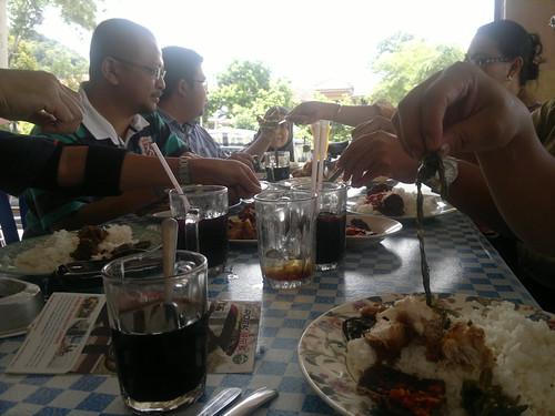30032011-Lunch at TokLi by Adibi