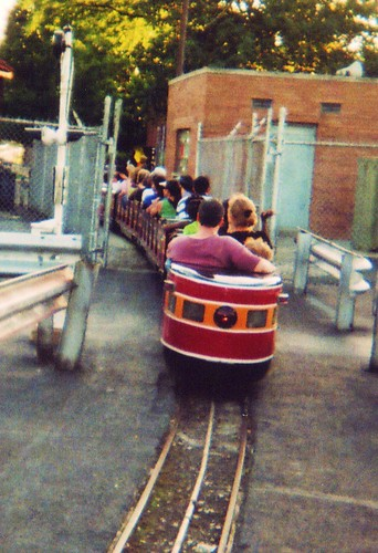 Dixieland Fun Park. Kiddieland Amusement Park.