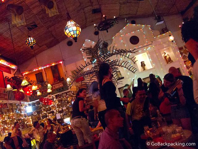 Inside discoteca Tutaima Tuturama