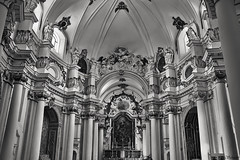 Noto Sicilia Church (xeosjens) Tags: bw italy white black church noto sw schwarz sicilia sircusa sizilien weis