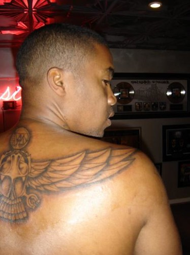 Rapper Nas Tattoos Hairstyle Gallery