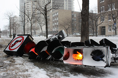 Don't Walk (Flint Foto Factory) Tags: city morning winter urban snow chicago weather sign north over down historic fallen dontwalk knocked intersection stoplight february blizzard winds epic edgewater sheridanrd proportions inclement glenlake 2011 thundersnow snowpocalyse