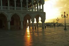 San Marco233.jpg (ups80kft) Tags: venice vacation italy sunrise geotagged europe ita venezia sanmarco veneto explored gtaggroup canoneos7d