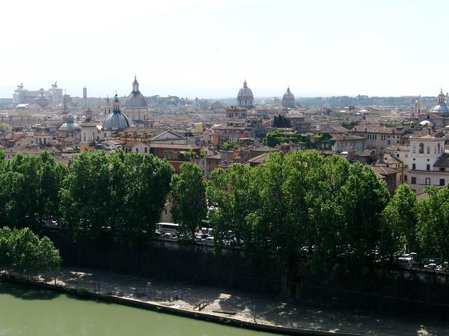 ローマの街の眺めのフリー写真素材