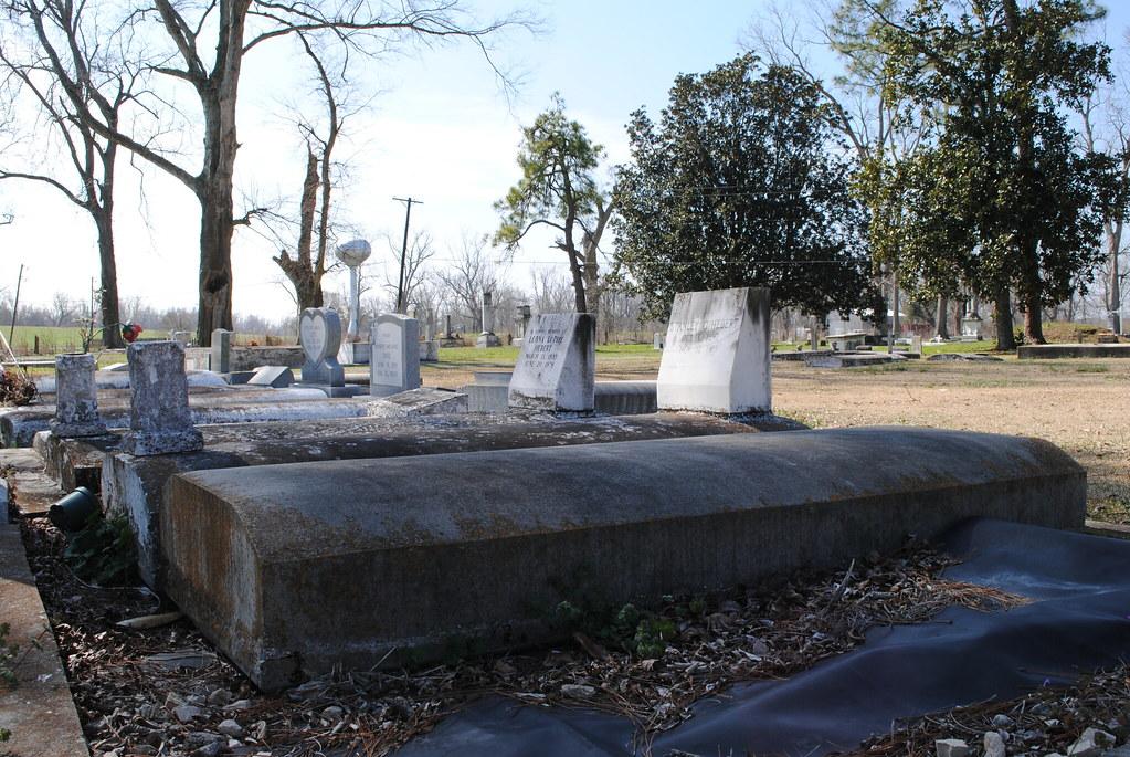 st. raphael cemetery graves