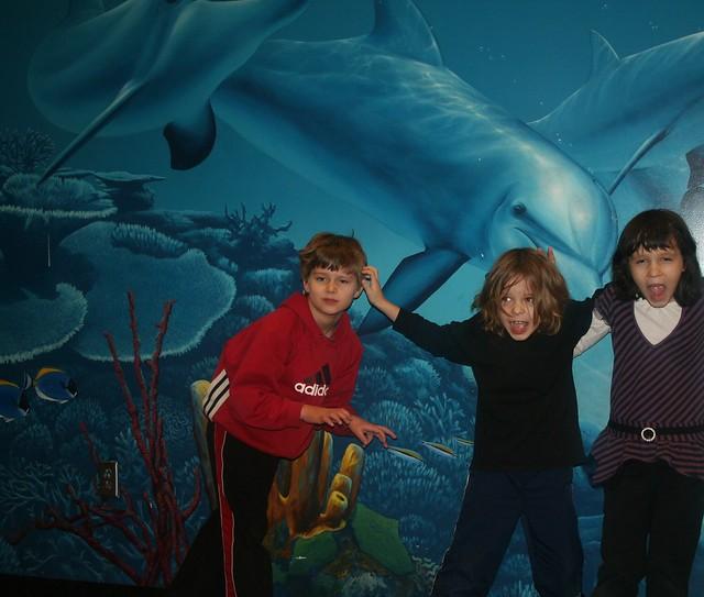 Newport Aquarium:  Zach, Seth, Maya