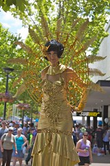 Gold (Paul Hagon) Tags: gold australia canberra australiancapitalterritory nationalmulticulturalfestival