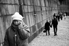 A woman talking on the phone in Saint Petersburg, Russia (k.dmitrijewa) Tags: autumn bw digital canon stpetersburg phone russia candid saintpetersburg russie rusia spb sanpietroburgo russland sanktpetersburg россия санктпетербург sanpetersburgo крепость чб peterandpaulfortress szentpétervár спб 40d петропавловская sãopetersburgo canon40d pennyjey
