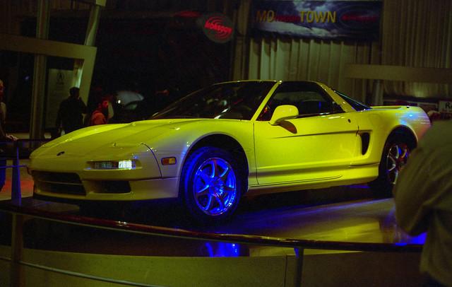 film 35mm unitedstates michigan detroit 1997 naias detroitautoshow northamericaninternationalautoshow 4star acuransx ricohxrm privpublic