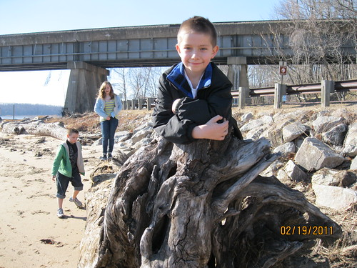 2/19/11: Hanging around the beach at Leesylvania State Park