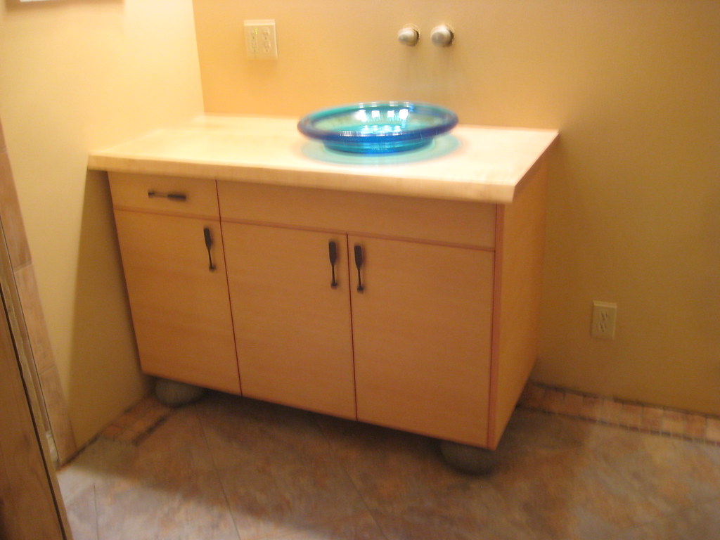 flat panel vertical grain bath