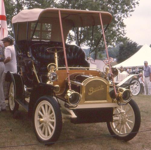 1931 Buick 4 door · 1905