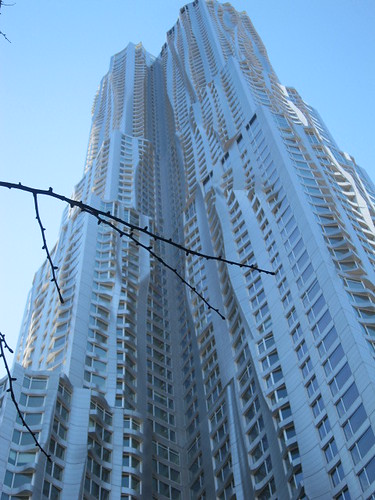 8 Spruce St. Frank Gehry