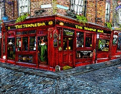 Temple Bar, Dublin, Ireland (traqair57) Tags: ireland dublin irish art beer brewing bars drawing drinking guinness entertainment crayons pubs templebar stpatricksday inns stpaddysday stushie