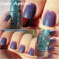 Topazio - Glisten up! (Lady Apricot) Tags: up azul essence mate flakes risque roxo glisten morado fosco purpura topazio flocado