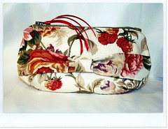 floral zipper cosmetic bag 01 (Tutinella1984) Tags: ikea floral handmade sewing bow lou zipper romantic ribbon clutch keyka keykalou