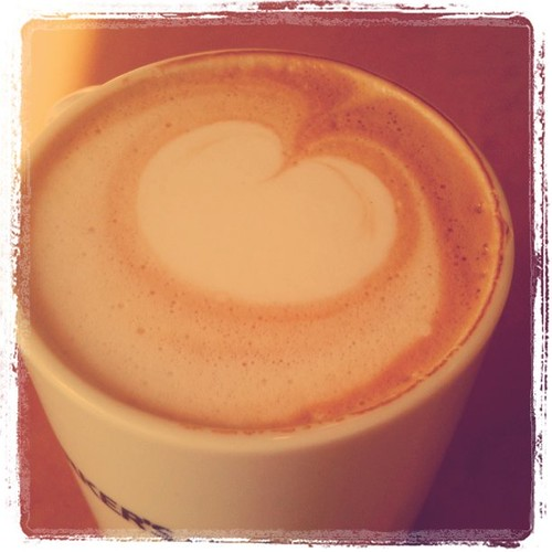 早めに着いたので、朝カフェ(^^)