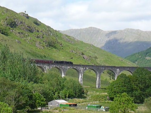 Harry Potter Train at Glenfinnan Viaduct